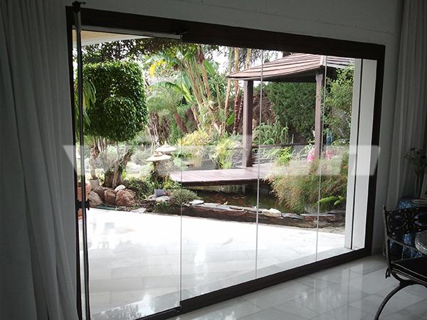 Puertas y cortinas de cristal vialun - Cortinas para puertas de cristal ...